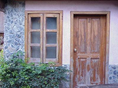 Door-roatan