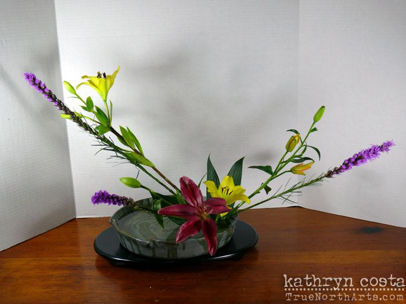 4-Ikebana-Lillies
